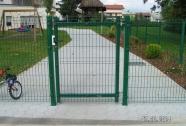 Enokrilna panelna vrata
