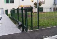 Samonosna panelna vrata z pogonom