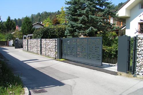 Dobava in montaža ograj